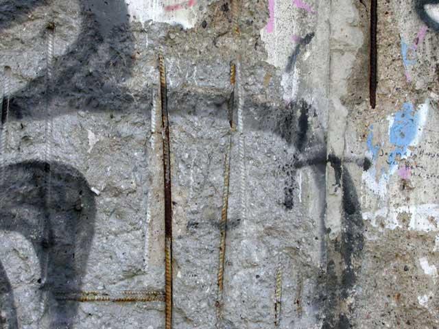 mirelleborra-berlinwall15